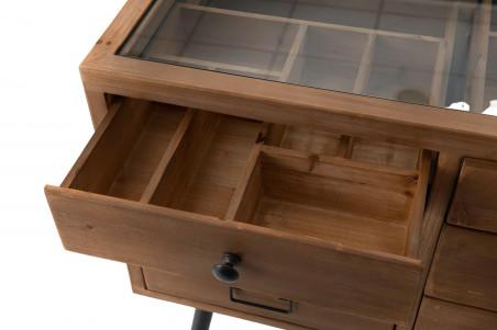 zoom sur le tiroir avec des compartiments