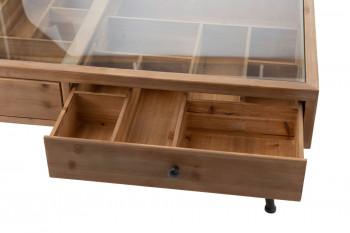 Zoom sur un des tiroirs à compartiments