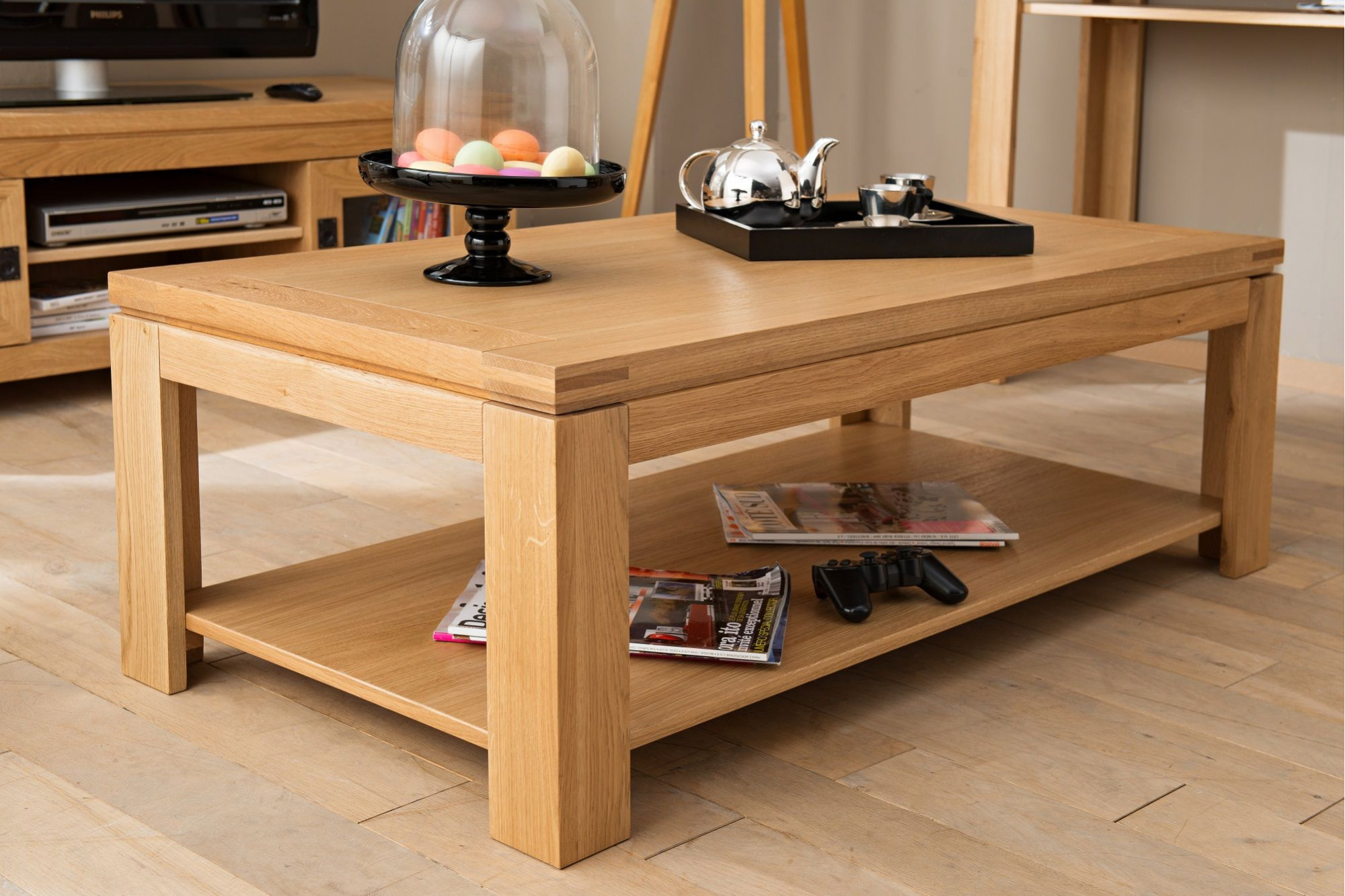table basse moderne en bois massif chene de france hellin